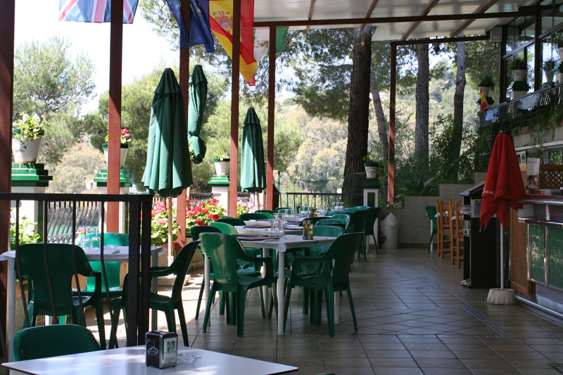 Restaurante El Kiosco (Ardales). Local