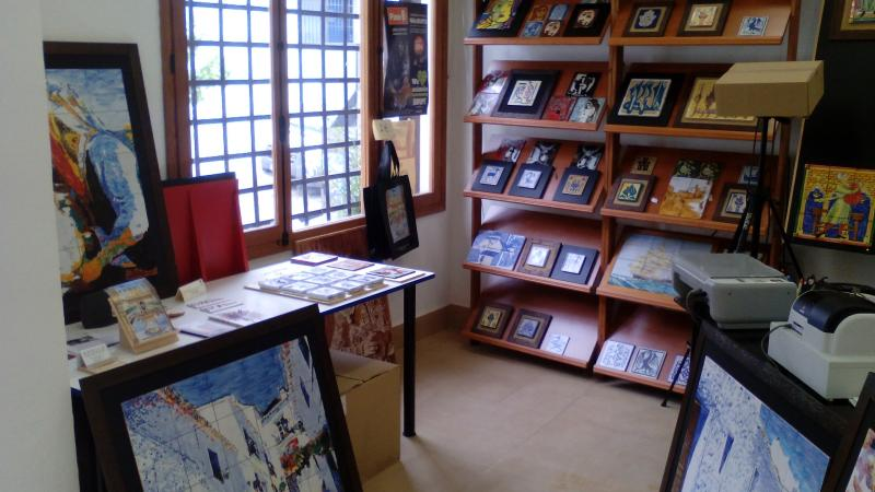 Interior taller Angulo Ceramic Art