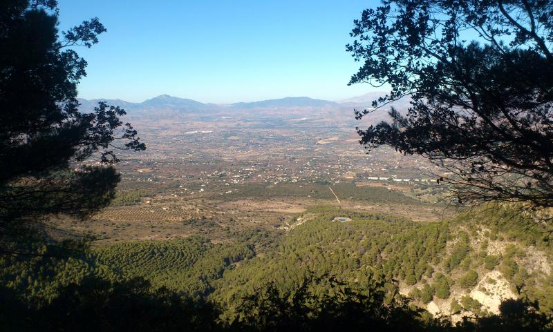 Imagen de GR 249. Stage 33. Mijas - Benalmádena. Views to the south, dominated by the Guadalhorce valley