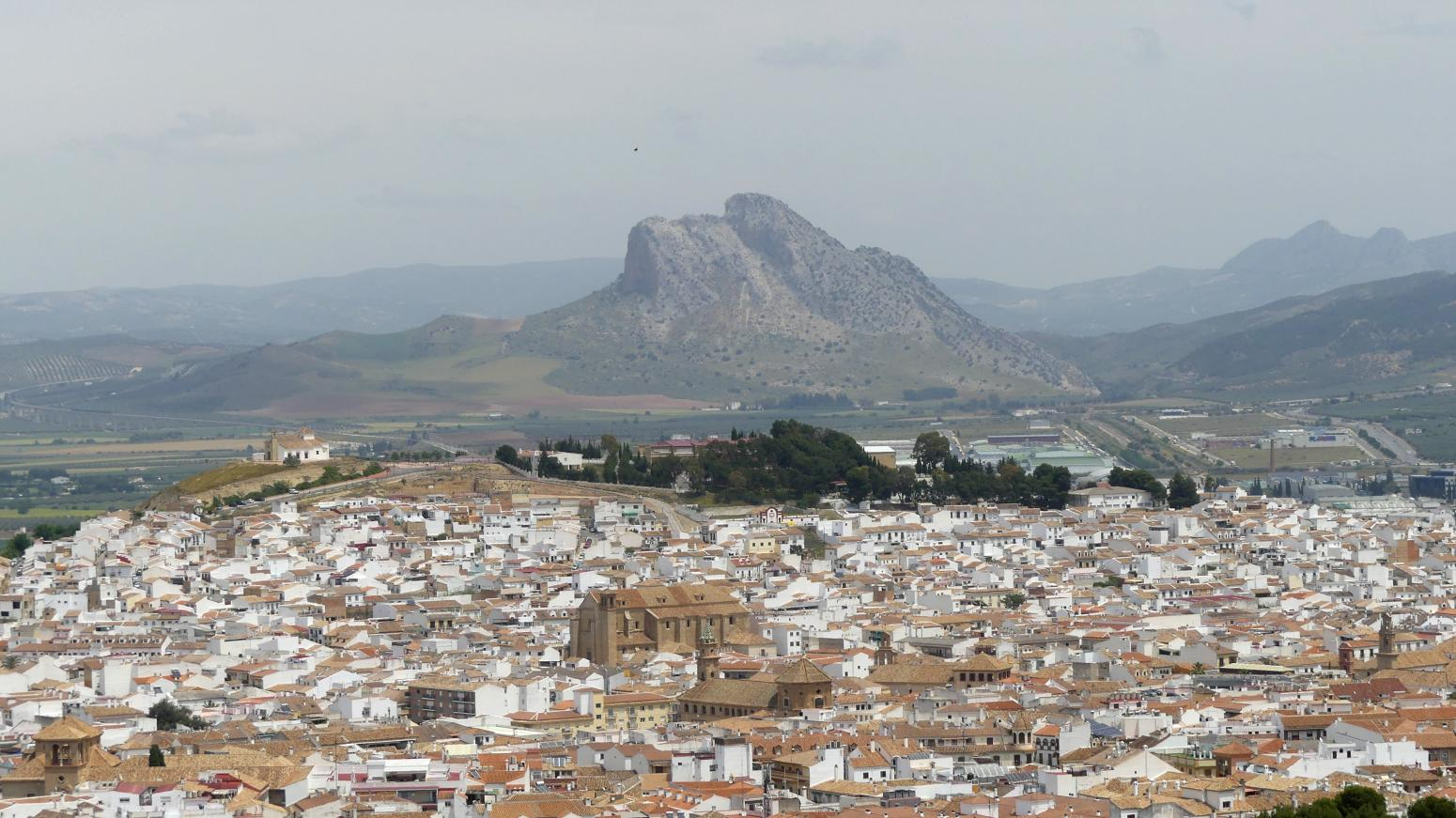 GR 249.4. Section Stage 2. Antequera and the Rock of the Lovers (Peña de los Enamorados) emerging from the Plains