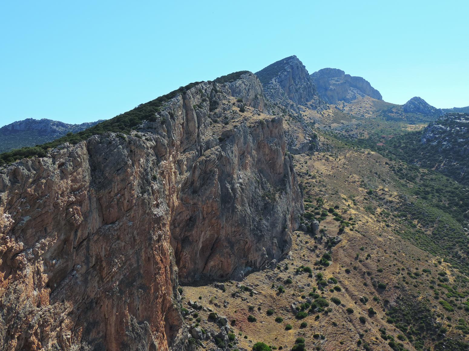 Imagen de Ballesteros Cliffs from Las Buitreras viewpoint