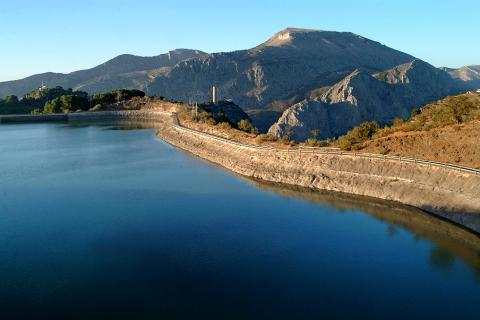 Bilder. Embalse Guadalhorce