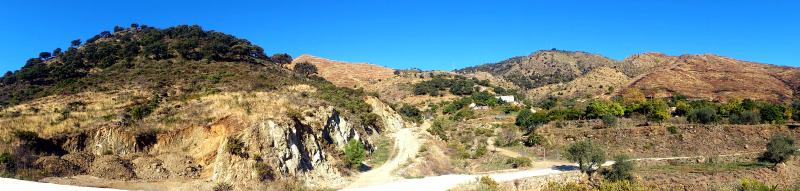 Imagen de GR 249. Stage 32. Ojén - Mijas. In the Cordobachina area, many Cork oaks have survived the 2012 fire